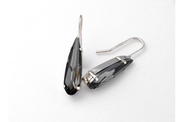Elegant dark crystal earrings