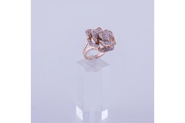 Crystal rose ring