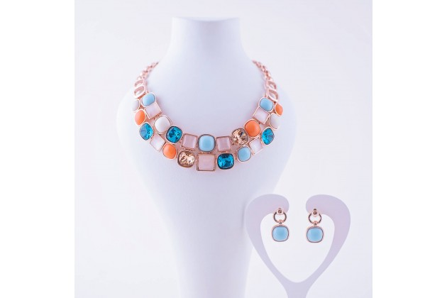 Egypt necklace and earrings