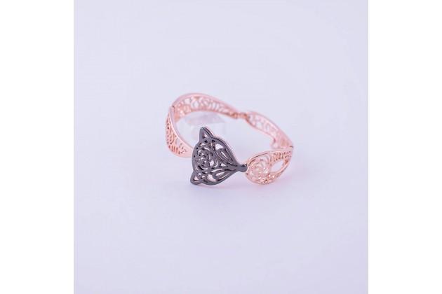 Animal design bracelet