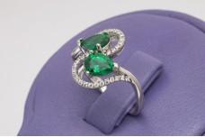 Teardrop emeralds silver ring