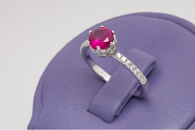 Classic silver ruby ring