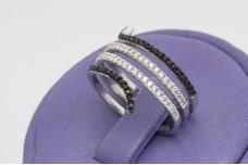 Spiral ring with zircons and onyx