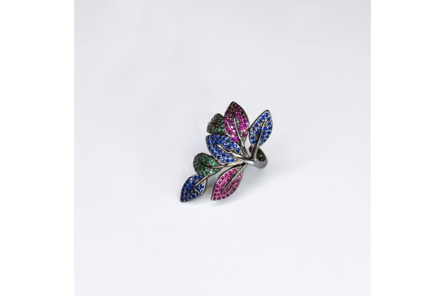 Floral ring with colorful crystals