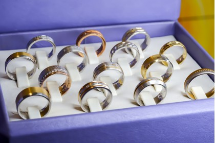 Your Wedding Bands: Should they match