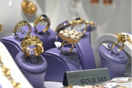 Taking care of gold jewelry