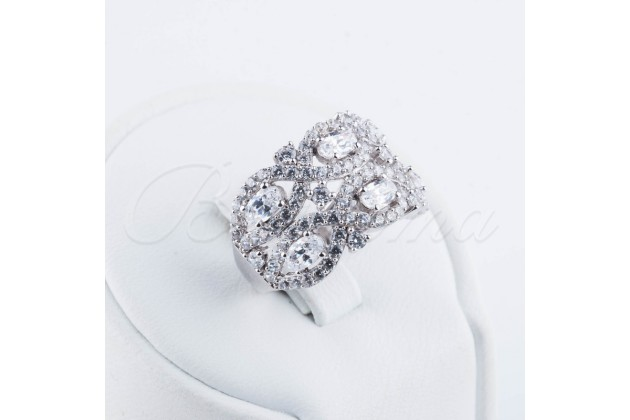 Silver ring with zircon