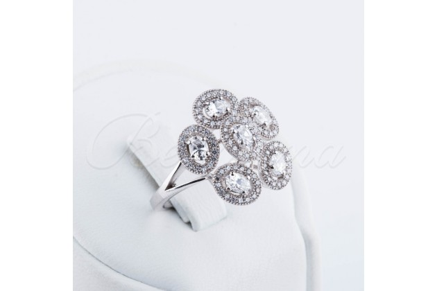 Silver zircon ring Flower